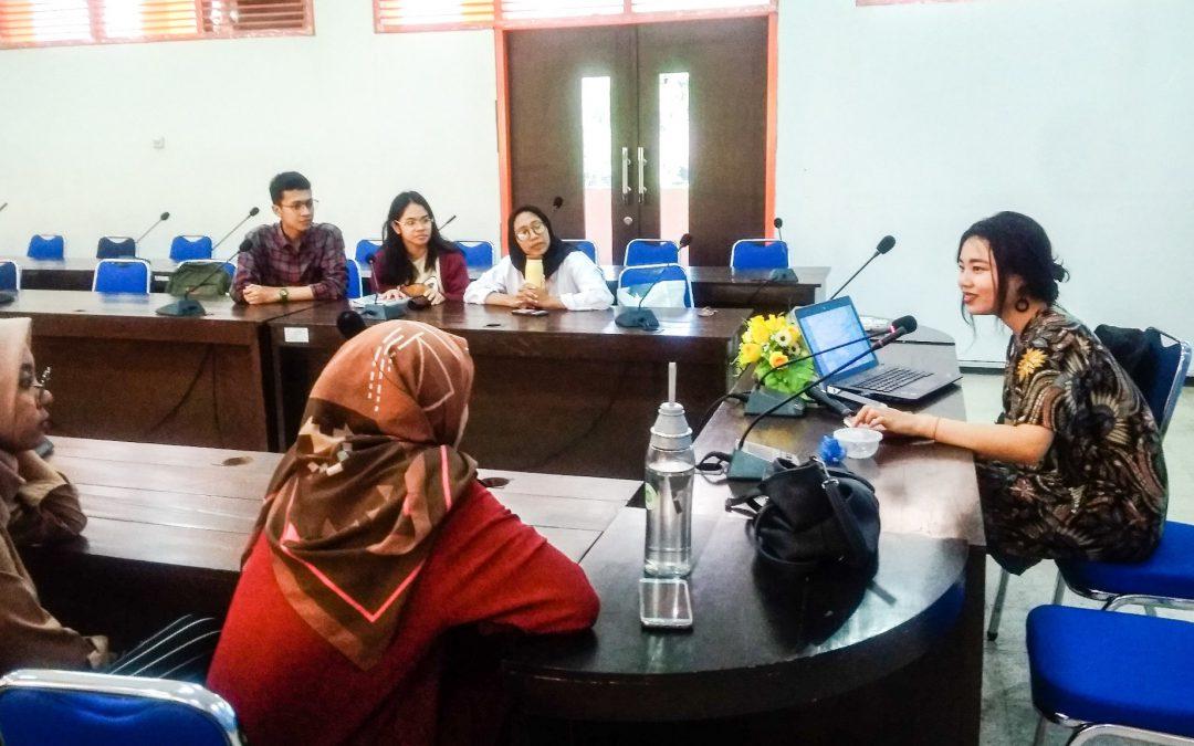 Diskusi Jurusan Hubungan Internasional bersama Zheng Haiying dari Jinan University