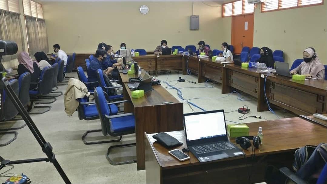 Volunteer Mahasiswa Hubungan Internasional di International Conference of Political, Social, and Humanities 2020